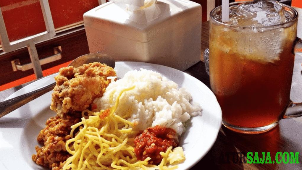 studi kasus prospek usaha warung makan dekat kampus
